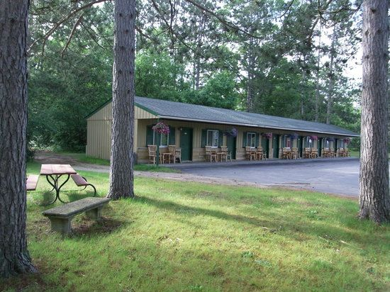 baldwin spillway lake county mi   Batcke's Baldwin Creek Lodge
