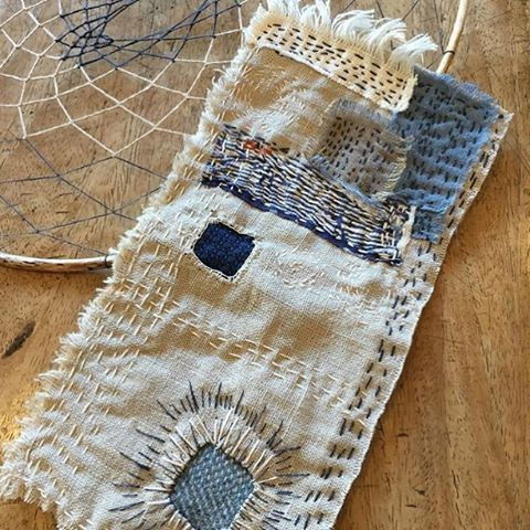This is a lovely piece of work made by Trish @find.collect.createworkshops who attended our Slow Stitching workshop on Saturday in Sydney. Such beautiful work Trish
