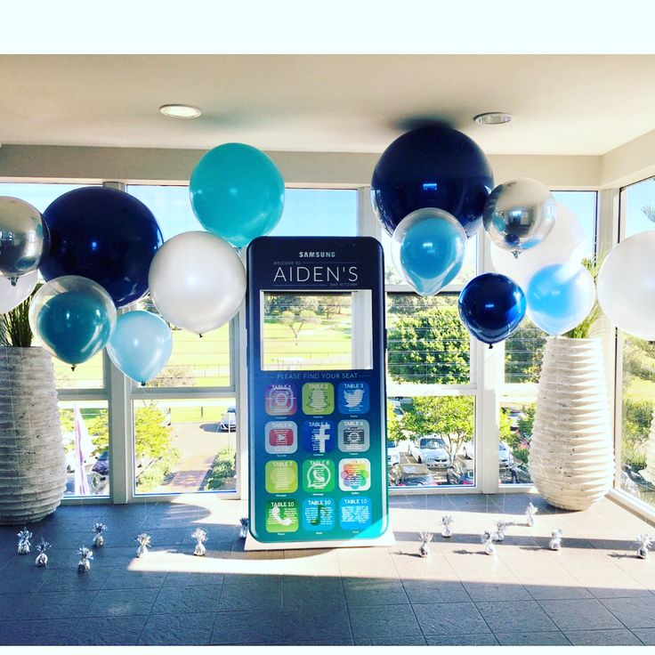 How clever is this design by @distinct_sydney!!  A great way to greet the guests, works as a #seatingchart and #photoop   Check their page out for full credits   #eventstyling #photoframe #techtheme #samsumgphone #blueballoons #blues #winterhues #jumboballoons #cleveridea #barmitzvah #sydneyevents