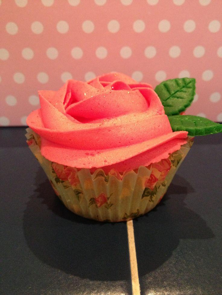 Cute pink rose cupcake