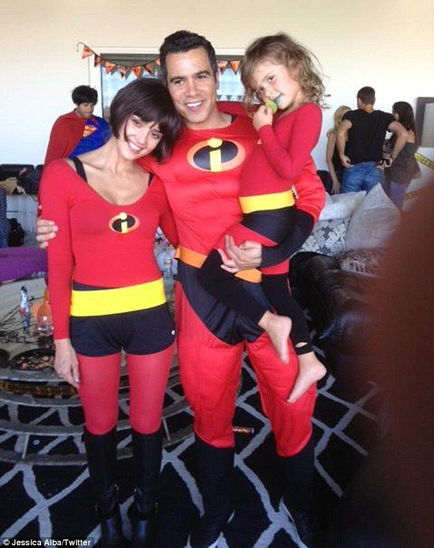 Jessica Alba keeps it classy with her family as they dress up as the Incredibles for a Halloween party. #Halloween #costumes