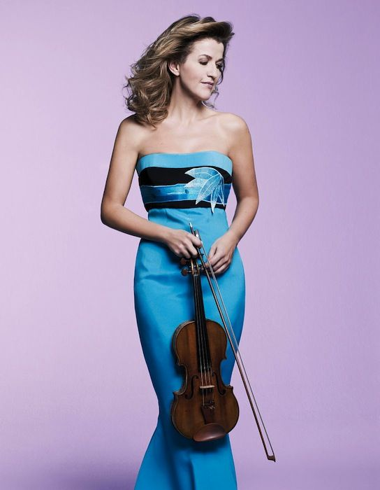 Anne-Sophie Mutter performed music of Currier, Mendelssohn and Vivaldi with the Mutter VIrtuosi Wednesday night at Orchestra Hall.