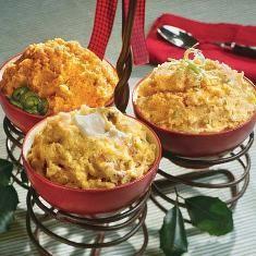 Simple Mashed Potatoes (via www.foodily.com/r/seZHnHYiHV-simple-mashed-potatoes-by-southern-living)