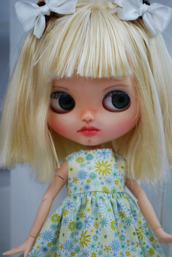 Floral dress for Blythe dolls by habilisdolls on Etsy