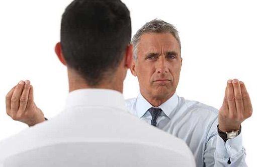 Il colloquio di valutazione delle prestazioni dei collaboratori è un momento abbastanza complesso per ogni manager: egli deve riuscire ad identificare in modo obiettivo quali sono le effettive abilità del collaboratore, aumentarne in lui la motivazione e riuscire a delinearne e condividerne un piano di crescita. Una delle difficoltà principali nel colloquio di valutazione risiede nell'auto-percezione delle prestazioni che il manager ha nei confronti dei collaboratori; per contro, le persone…