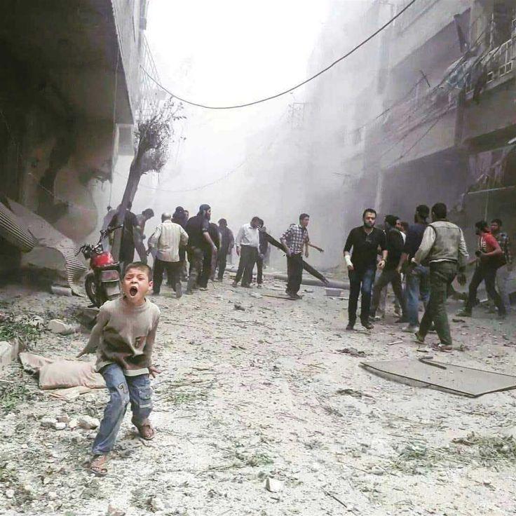 FERMIAMO LA GUERRA IN #SIRIA PRIMA CHE SIA TROPPO TARDI! L'inferno di #Ghouta toglie le parole anche all'#Onu, mentre migliaia di #civili inermi muoiono sotto gli attacchi nemici e centinaia di #bambini vengono uccisi mentre sono nelle proprie case.