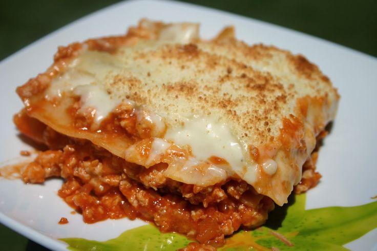 Ingredientes: 600 gr de macarrones 350 gr de carne picada 200 ml de tomate frito…