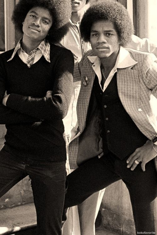 Michael and Marlon Jackson :) - Cuteness in black and white ღ by ⊰@carlamartinsmj⊱