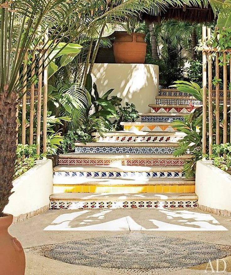 Inspiration - Martyn Lawrence Bullard House in Mexico - Colored stairs - Photo from Architectural Digest. ⠀ ⠀ #sessun #inspiration #architecture #tiles #plantlife #love #mexico #southamerica