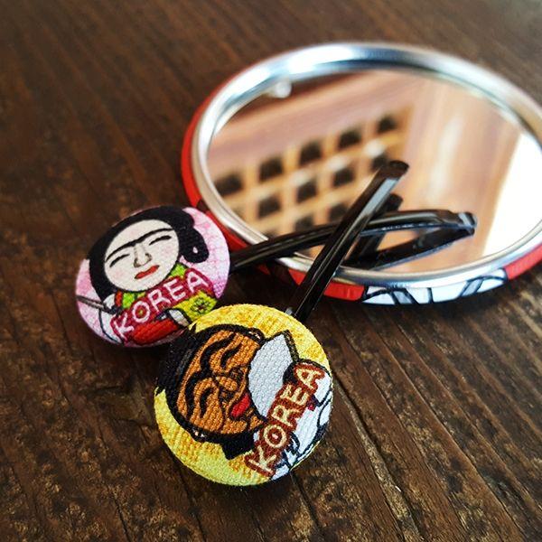 ::Korea Souvenir:: Talbagaji Hair pins (Hahoetal / Bongsantal) 탈바가지 머리핀 세트