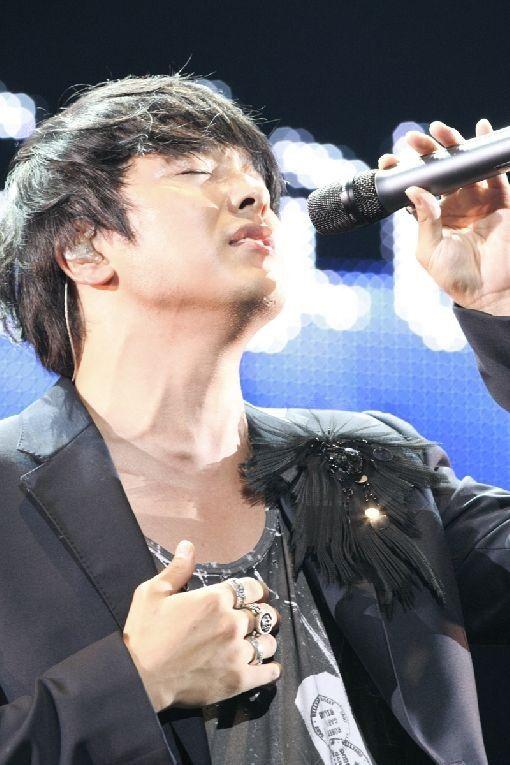 Park Yong-ha (故 박용하) - Picture
