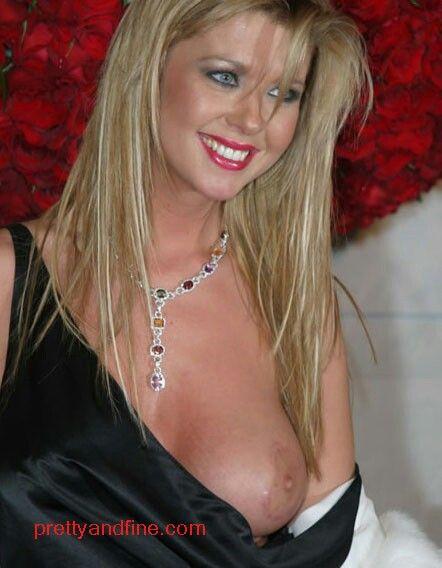 Tara Reid Breast 23