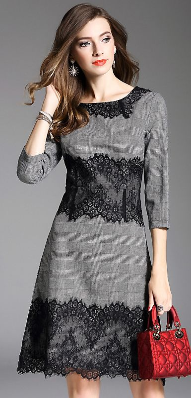 Vintage Lace Stitching O-Neck Skater Dress