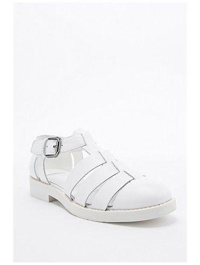http://sellektor.com/user/dualia/collection/vagabond Vagabond Lejla Glad Shoe in White