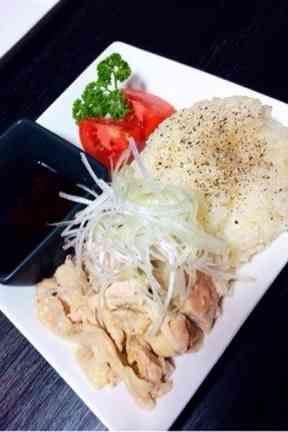 簡単おうちカフェごはん♡海南鶏飯の画像