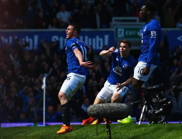 """Everton boss Roberto Martinez: """"We haven't been rewarded with the moments like this, we'll enjoy this one"""" #EVEMUN"""