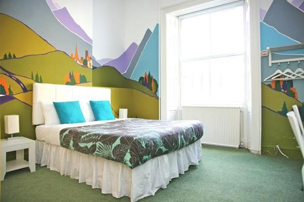 Awesome room paint job: Wall Colors, Paintings Job, Paintings Treatments, Rooms Paintings, Dreams Rooms, Rooms Ideas, Awesome Bedrooms, Awesome Rooms