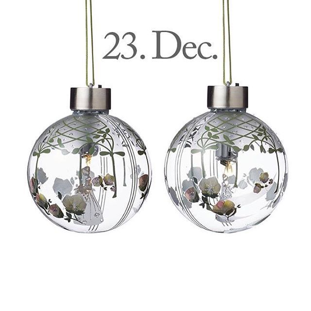 Good morning, Wednesday, 23th of December, Christmas Eve tomorrow! The design of the day are our new Glass Baubles with Flower Girl, small size. Like our Facebook page & the post of the day and you might be the lucky winner! The Glass Baubles with Flower Girl, small size, cost 149,- dkk in our web-shop www.jettefroelich.dk, but for today only! (Normal price 249,-) #christmascalendar #christmasgiveaway #facebook #glassbaubleswithflowergirl #jettefrölich #jettefroelich #jettefrölichdesign…