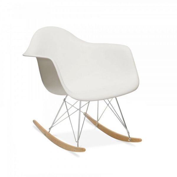 1000 id es sur le th me chambres blanc cass sur pinterest for Rocking chair blanc chambre bebe
