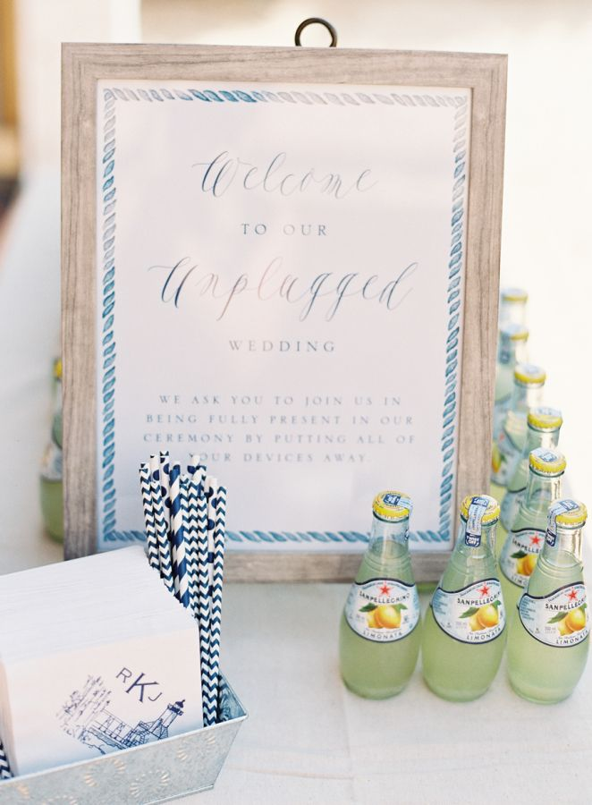 Unplugged Lake Michigan wedding: http://www.stylemepretty.com/2015/12/11/nautical-lake-michigan-wedding/ | Photography: Clary Photo - claryphoto.com