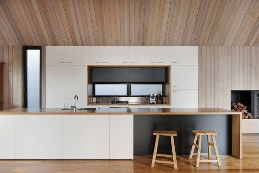 Kitchen / Timber Lining / Contrast