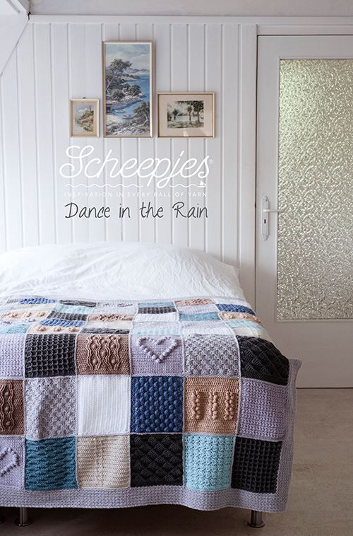 I can't decide between under the stars or under the sea! Love this blanket CAL.