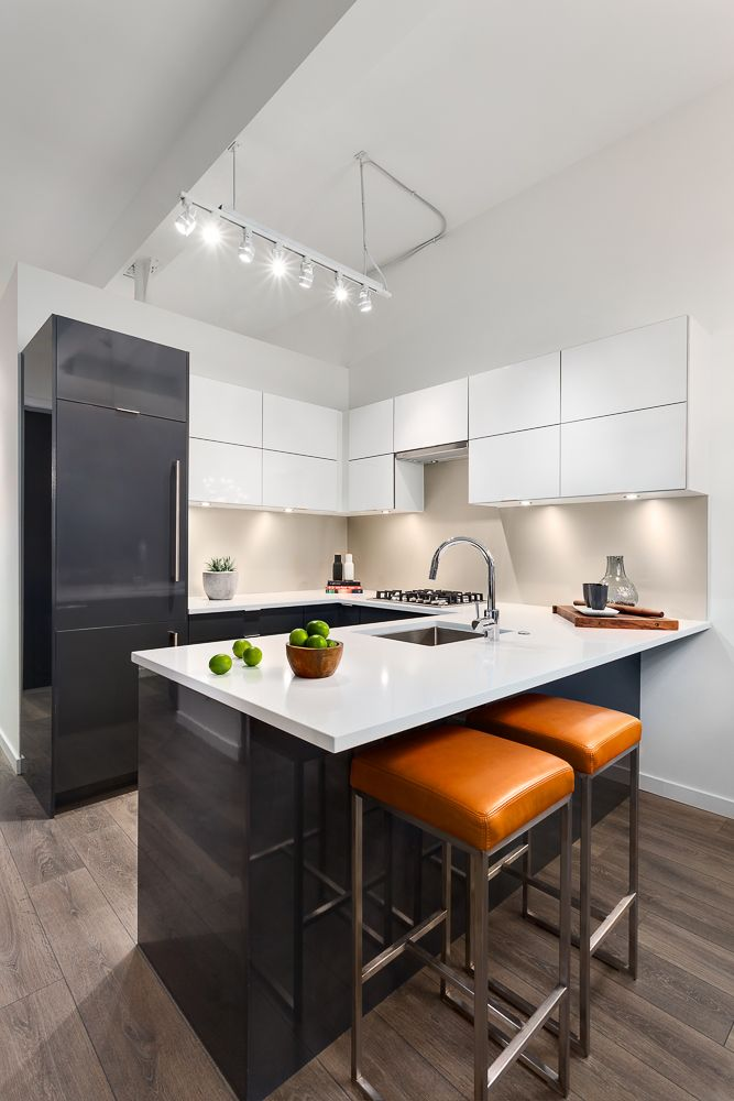 Modern Two tone Grey and White Kitchen