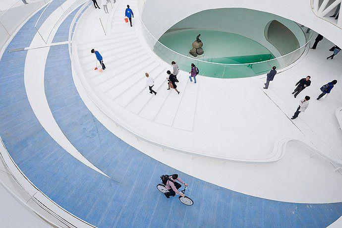 Denmark Pavilion, Shanghai Expo 2010  / BIG - © Iwan Baan