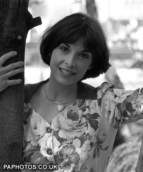 5094 Talia Shire 8.8 { Lake Success, NY }  ]  American actress [  Info: https://en.wikipedia.org/wiki/Talia_Shire  Images: https://www.google.com/search?q=talia+shire&source=lnms&tbm=isch&sa=X&ved=0ahUKEwiUwbiB6PHSAhVJ_IMKHfSJClYQ_AUICCgB&biw=1920&bih=925  Video: https://www.youtube.com/watch?v=Bm6-Ss6BmHI