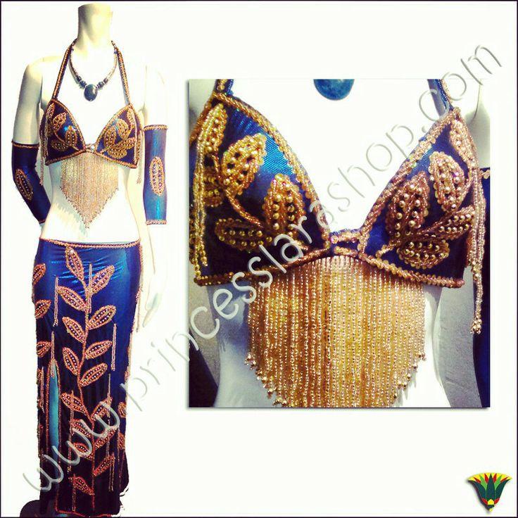 Colección danza egipcia. Vestido en lamé de color azul eléctrico xon bordados en abalorio y lentejuela dorada
