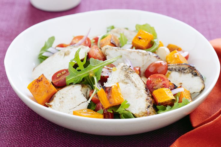 Try this gourmet salad of pumpkin and chicken with a light and tasty dressing.