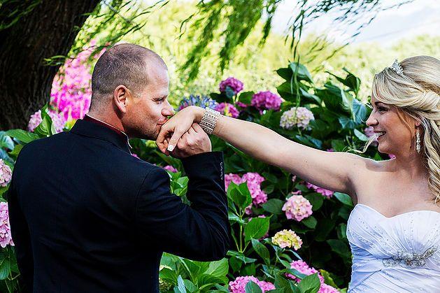 Annie Stodel Wedding & Lifestyle Photography Based in Surrey