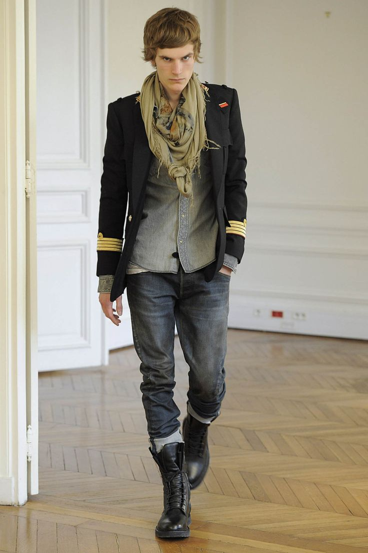 Reminds me of Les Misérables! Amazing fall men's style fashion 2013 layering grunge chic boho indie