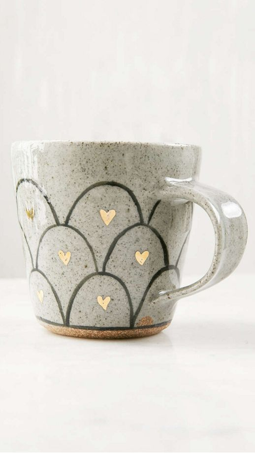 Herzchen, grauer Kaffeebecher, Keramik, süsses Design, grey coffee tea cup with hearts, unique style