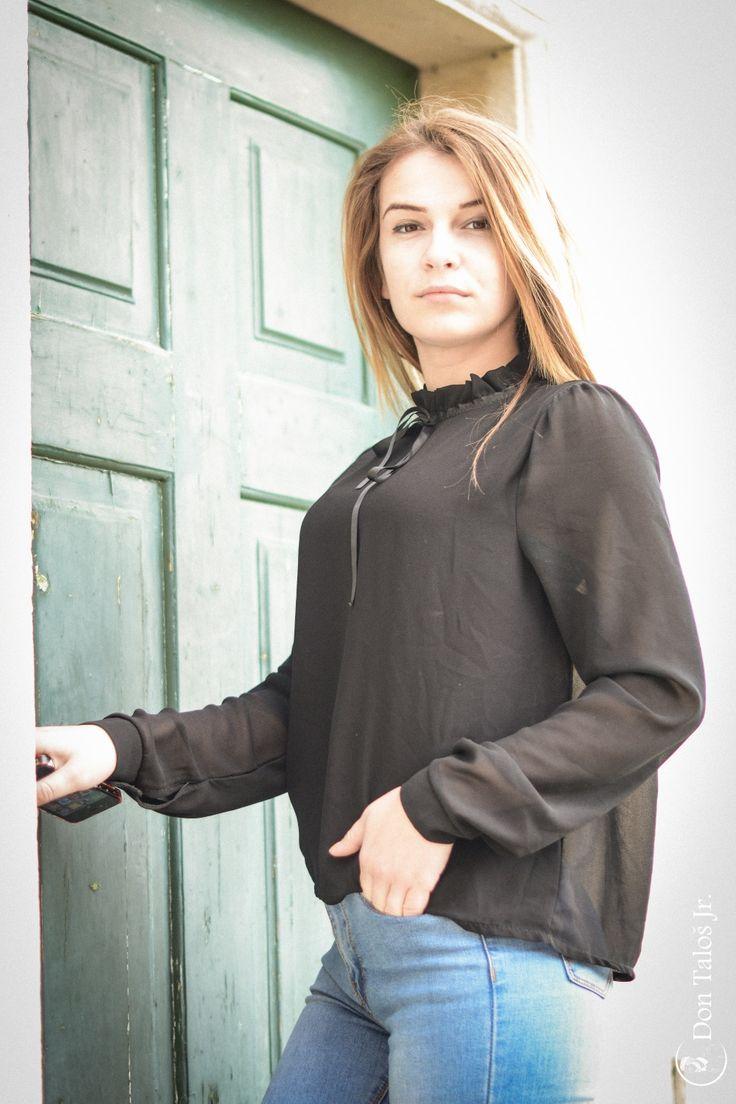 ' Accept her for who she is '   # http://jurnaldefotografie.talosdarius.ro/