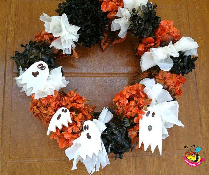 #garland #halloween #ghost #flower #wreath #dremelmotosaw Ghirlanda fuori porta con i fiori secchi, ortensie, insieme ai fantasmi di legno e stoffa