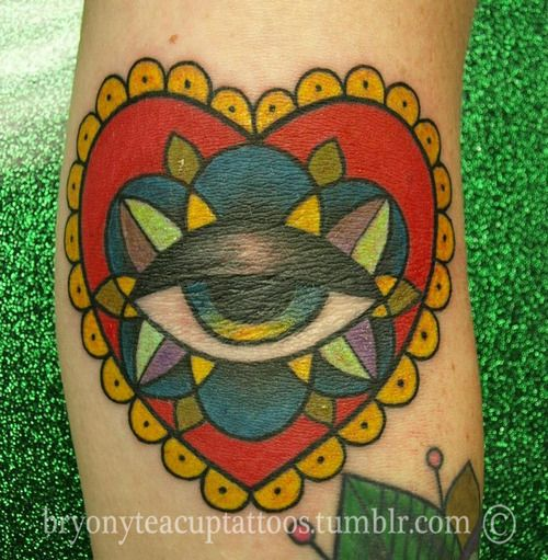 Tattoostraditional On Pinterest: 1000+ Ideas About Traditional Heart Tattoos On Pinterest
