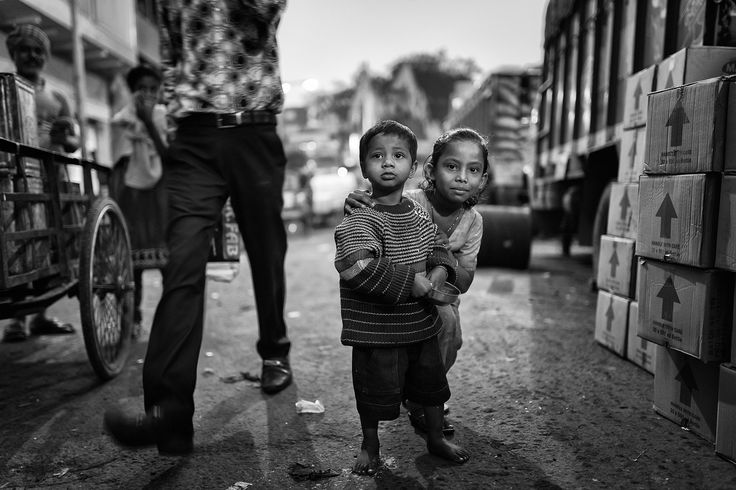 """Young Ones - Young children in a busy street in Kolkata, Uttar Pradesh, India.  <a href=""""http://www.drewhopperphotography.com"""">Website</a>  Follow my other social platforms:  <a href=""""https://www.facebook.com/DrewHopperPhotography/"""">Facebook</a>  <a href=""""https://www.instagram.com/drewhopper/"""">Instagram</a>  <a href=""""https://twitter.com/DrewHopperPhoto"""">Twitter</a>  <a href=""""http://drewhopper.deviantart.com/"""">DeviantART</a>  <a href=""""https://www.flickr.com/photos/drewhopper/"""">Flickr</a…"""