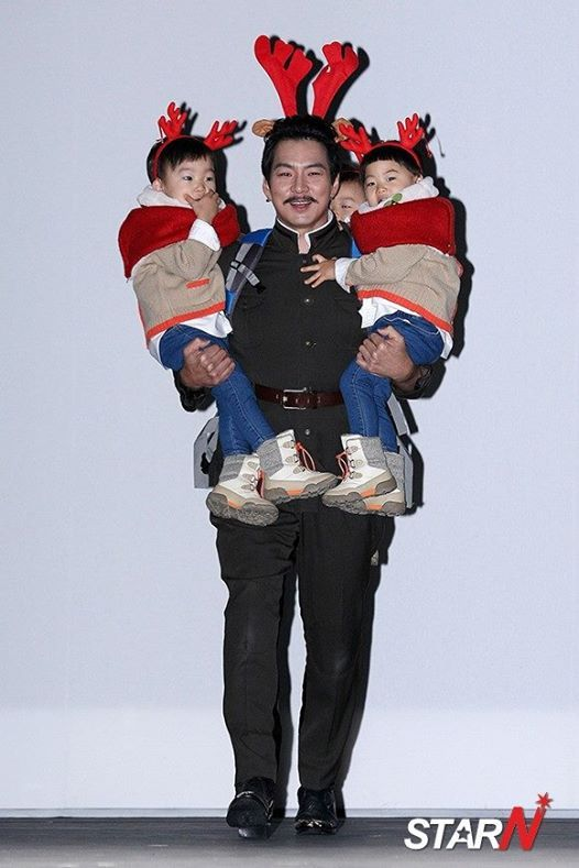 aboenim with triplets