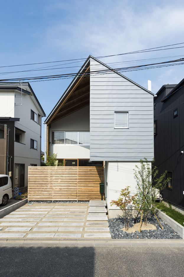 Cardigan Cardigan!! House in Niigata Prefecture,  Japan by Takeru Shoji Architects