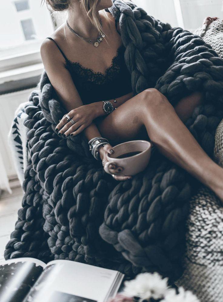 Handmade Chunky Knit Merino Wool Blanket | Ohhio on Etsy