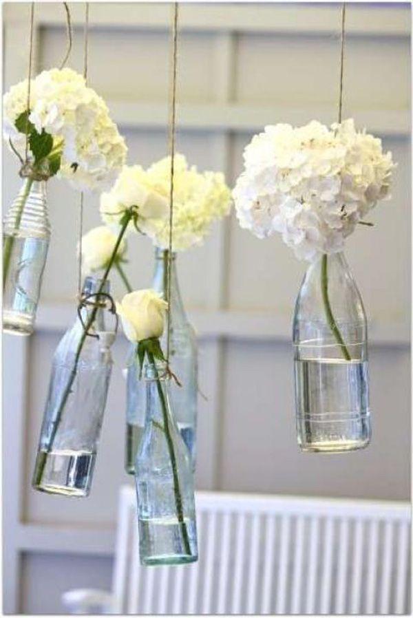 Hängende Blumendeko für die Hochzeit | Friedatheres