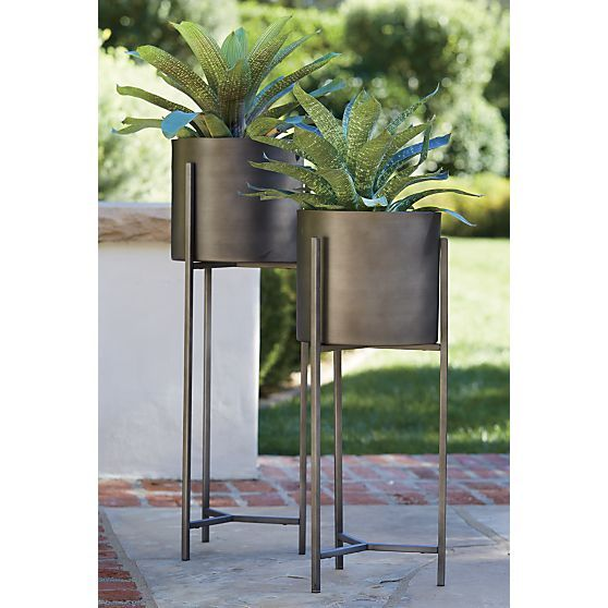 Dundee Floor Planters Gardens Planters And Crate And Barrel 640 x 480