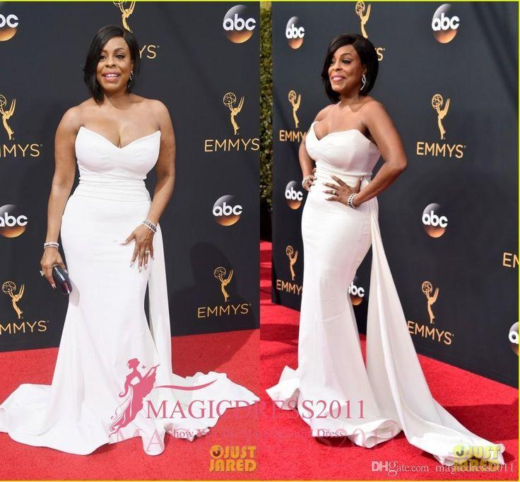 23 best Emmy Awards images on Pinterest   Formal evening dresses ...