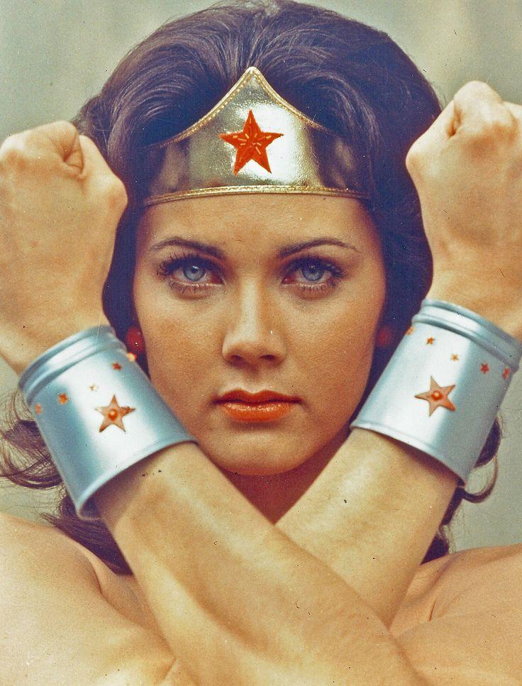 Lynda Carter _ Actrice, Interprète de Wonder Woman à la TV _ Américaine