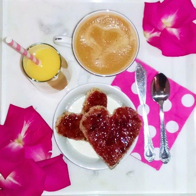 Valentine's Day brunch #hearts #brunch #pink