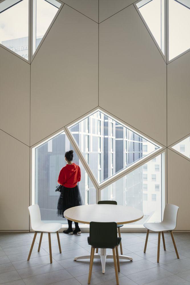 Gallery Of Calgary Central Library Snohetta 28 In 2020 Interior Architecture Central Library Design