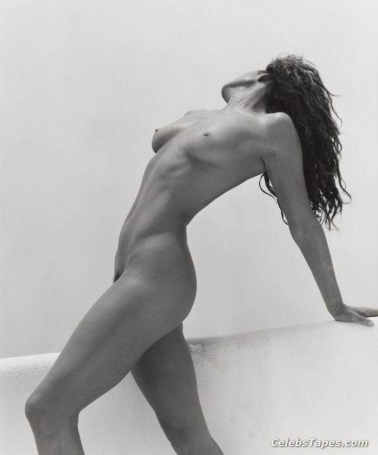 Cindy crawford naked ass pics