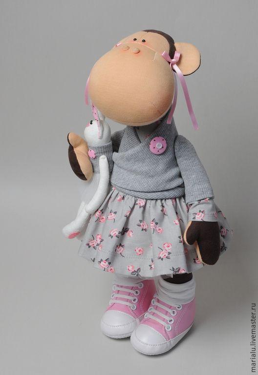Купить Обезьянка с зайкой. - серый, розовый, обезьянка, обезьянка девочка, текстильная обезьянка, обезьянка в подарок