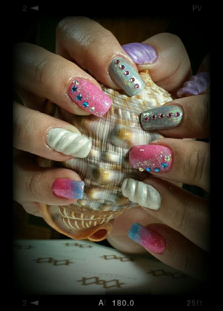 Unicorn inspired nail art. Chrome nails